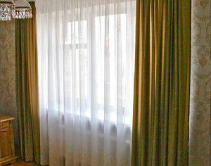 Комплект - шторы, покрывало и подушки (фото 2). Адрес: Сколковское шоссе, 23