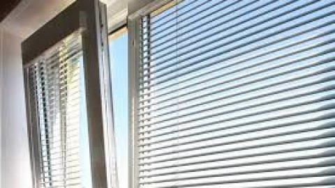 Как прикрепить жалюзи к пластиковым окнам, советы мастеров