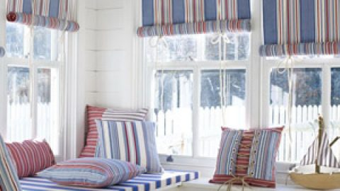 Какими должны быть шторы для загородного дома