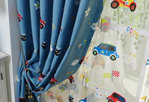 Какие выбрать шторы для детской комнаты
